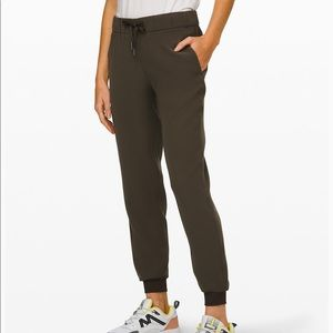 Lululemon Athletica On The Fly Jogger